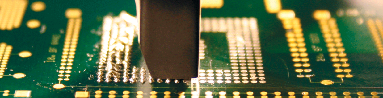 Residual solder removal on PCB